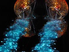 Reflets de la meduse de cristal lumiere by <b>apjjoly</b> ( a Panoramio image )