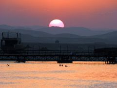 Spied on by the sun by <b>&ri.co</b> ( a Panoramio image )