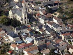 Le bourg des Trois Moutiers by <b>Y-Richard</b> ( a Panoramio image )