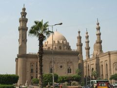 Mosque in Cairo, Egypt by <b>*S.Farooq Hammad*</b> ( a Panoramio image )