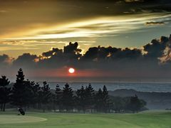 Sunset -Taiwan ?? (  1st Prize - Scenery  - September 2010  ) by <b>MaxLo</b> ( a Panoramio image )