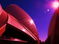 SYDNEYS OPERA by <b>australien67h</b> ( a Panoramio image )