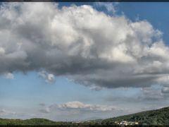 Kleby mysli wiruja pod niebem... by <b>Madame Butterfly</b> ( a Panoramio image )
