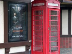 Mariemont Phone Booth by <b>Peter Bond</b> ( a Panoramio image )