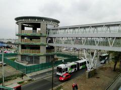 (1.805) Estacion Monte Tabor en Maipu, Linea 5, Metro de Santiag by <b>Patricio Cabezas</b> ( a Panoramio image )