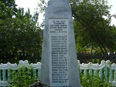 Memorial to citizens burned alive by German occupiers, 20 Octobe by <b>critter4511</b> ( a Panoramio image )