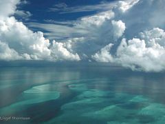 Shallow banks, Exuma Cays, Bahamas by <b>adventuretravelww.com</b> ( a Panoramio image )