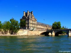 Down By The River (Paris) by <b>tu-quoque</b> ( a Panoramio image )