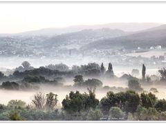 Sunrise devotion - Napkelte ahitat  by <b>Lne Zana Judit</b> ( a Panoramio image )