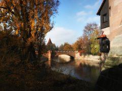 Maxbrucke vom Henkersteg im Herbst, Nurnberg by <b>picsonthemove</b> ( a Panoramio image )