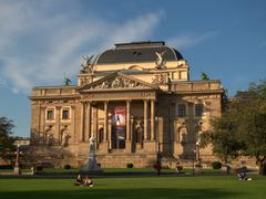Hesse State Theater.  Hessisches Staatstheater. Wiesbaden. by <b>chollet-ricard</b> ( a Panoramio image )