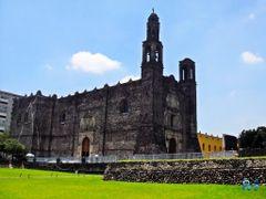 Mexico, D.F., Delegacion Cuauhtemoc, Iglesia de Santiago Tlatelo by <b>Pecg17</b> ( a Panoramio image )