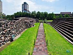 Mexico, D.F., Delegacion Cuauhtemoc, Bienvenidos a Tlatelolco. A by <b>Pecg17</b> ( a Panoramio image )