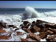 Making a splash on Torrevieja Beach by <b>Micheley1101</b> ( a Panoramio image )