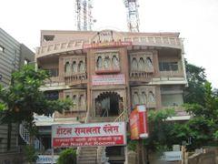 Hotel Ramlala Palace  by <b>ar.aroon</b> ( a Panoramio image )