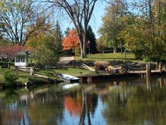 Suwanee Lagoon, Greenfield Village - Dearborn, MI, US by <b>Irene Kravchuk</b> ( a Panoramio image )