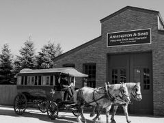 Omnibus shuttle by the Armington & Sims Machine Shop, Greenfield by <b>Irene Kravchuk</b> ( a Panoramio image )