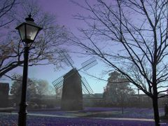 Greenfield Village in my favourite colour... who said the grass  by <b>Irene Kravchuk</b> ( a Panoramio image )