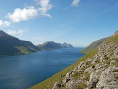 Kalsoyarfj?r?ur by <b>G.Nordoy</b> ( a Panoramio image )
