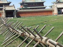 Inside the Erdene Zuu Monastery by <b>Chouden Boy</b> ( a Panoramio image )