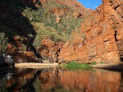 Ormiston Gorge, West MacDonell National Park by <b>Varlamov Andrey</b> ( a Panoramio image )