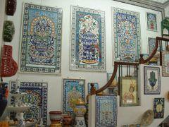 "Tunisie, l""artisanat sur la ceramique a Tunis by <b>Roger-11</b> ( a Panoramio image )"
