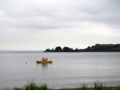 Apacible atardecer en la ribera del LLanquihue by <b>aleMama</b> ( a Panoramio image )