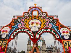 Mexico, D.F., Delegacion Cuauhtemoc, Panteon Zocalo ::: November by <b>Pecg17</b> ( a Panoramio image )