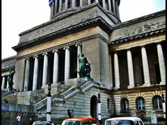 Habana - Capitolio and american old cars - Almendrones de Cuba - by <b>Stathis Chionidis</b> ( a Panoramio image )