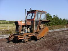 Bog - Old Tractor used as engine by <b>BerHav</b> ( a Panoramio image )