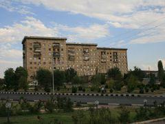 Nakhichevan bilding by <b>Arash Emami</b> ( a Panoramio image )