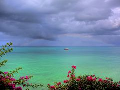 Rainbow above the Indian Ocean by <b>accessfalk</b> ( a Panoramio image )