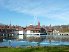 Heviz, the Lake bath  by <b>Bozor Magdi</b> ( a Panoramio image )
