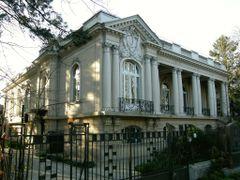 Casa - Fundatia NICOLAE TITULESCU by <b>Mircea_RAICU</b> ( a Panoramio image )