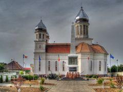 Biserica din Petresti by <b>Dan Gabor</b> ( a Panoramio image )