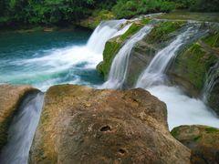 Rio Blanco falls and pool by <b>@mabut</b> ( a Panoramio image )
