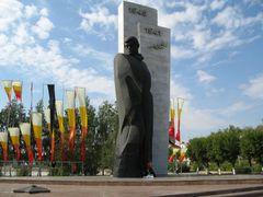 Памятник солдатам Великой Отечественной войны by <b>Nikolay Olkhovoy</b> ( a Panoramio image )