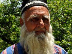 Old man from Tajikistan by <b>Farzan Asadi</b> ( a Panoramio image )