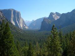 Parque Nacional Yosemite -Patrimonio de la Humanidad -UNESCO by <b>AnaMariaOss</b> ( a Panoramio image )