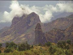 Ras dashen by <b>richard desomme</b> ( a Panoramio image )