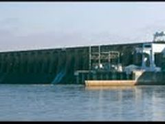 Wilson Dam on the Mighty Tennessee River by <b>L. Wray Dillard</b> ( a Panoramio image )