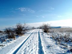 Zima a jej caro,v pozadi Slanske vrchy by <b>Majo 65</b> ( a Panoramio image )