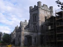 Ury House under Construction by <b>Kleene</b> ( a Panoramio image )
