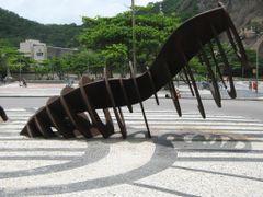 Arte - Esqueleto de Baleia / Whale Skeleton by <b>Eri Martins</b> ( a Panoramio image )