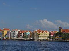 Punda, Willemstad, Curacao by <b>Faruiz</b> ( a Panoramio image )