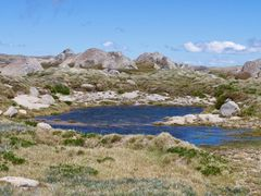 Pool next to Summit Walk from Coast to Kosci by <b>Steve Bennett</b> ( a Panoramio image )