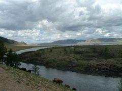 A l`est du lac de Tariat (piste sud) by <b>catof</b> ( a Panoramio image )