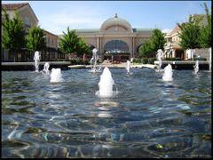 Bridge Street Town Centre by <b>L. Wray Dillard</b> ( a Panoramio image )