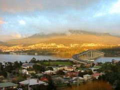 Hobart bridge by <b>hackltom</b> ( a Panoramio image )