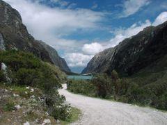 Llanganuco Lake in Peruvian Cordillleras by <b>school_1106</b> ( a Panoramio image )
